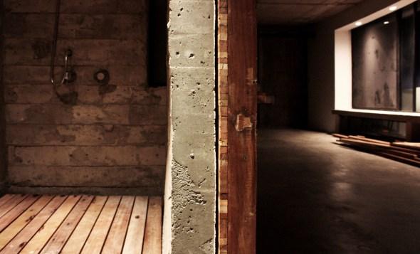Detail 01 - Concrete wall wood slide door
