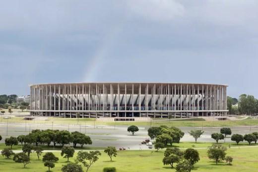 Brazil Architectural Tours - Estádio Nacional de Brasília