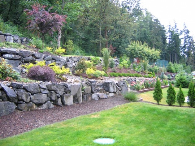 25 Wonderful Examples of Terraced Front Yard Gardens on Terraced Front Yard Ideas id=97785