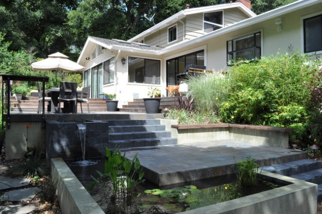 25 Wonderful Examples of Terraced Front Yard Gardens on Terraced Front Yard Ideas id=21750