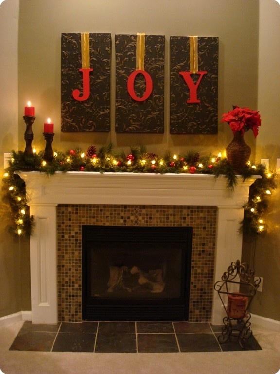 Gorgeous Fireplace Mantel Christmas Decoration Ideas 48