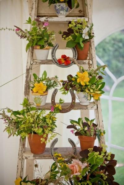 flower garden ideas and decorations 30 Most Amazing Vintage Garden Decorations