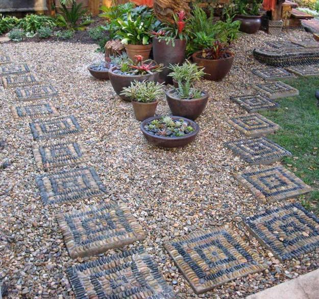 21 Cool Pebble Pathway Design Ideas for Lavishly Garden on Pebble Yard Ideas id=60289