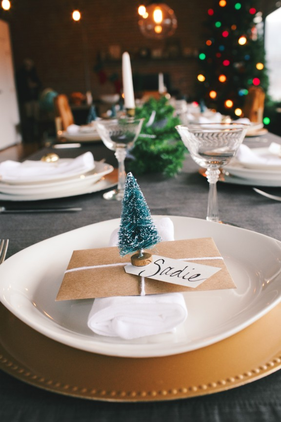 17 Lovely Amp Budget Friendly DIY Christmas Place Cards