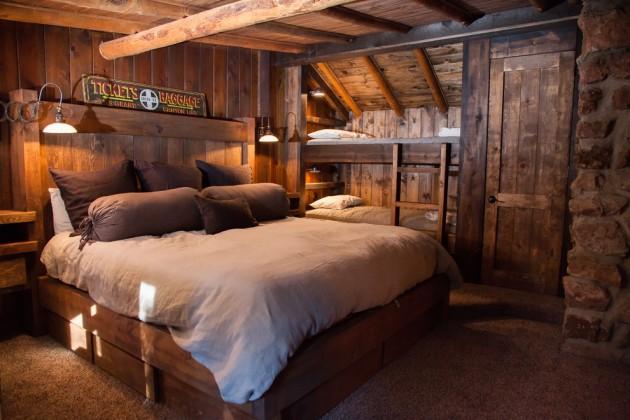 15 Charming Rustic Bedroom Interior Designs To Keep You ... on Teenage:rfnoincytf8= Room Designs  id=96036