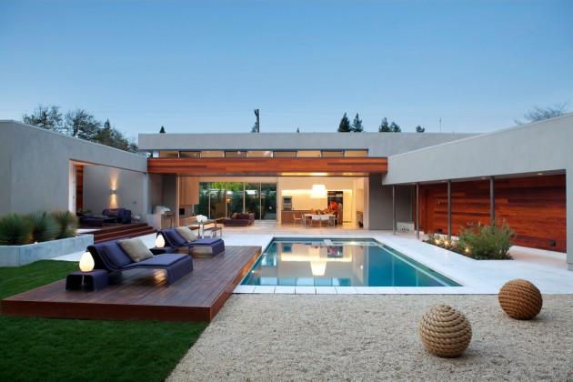 15 fabulous backyard swimming pool