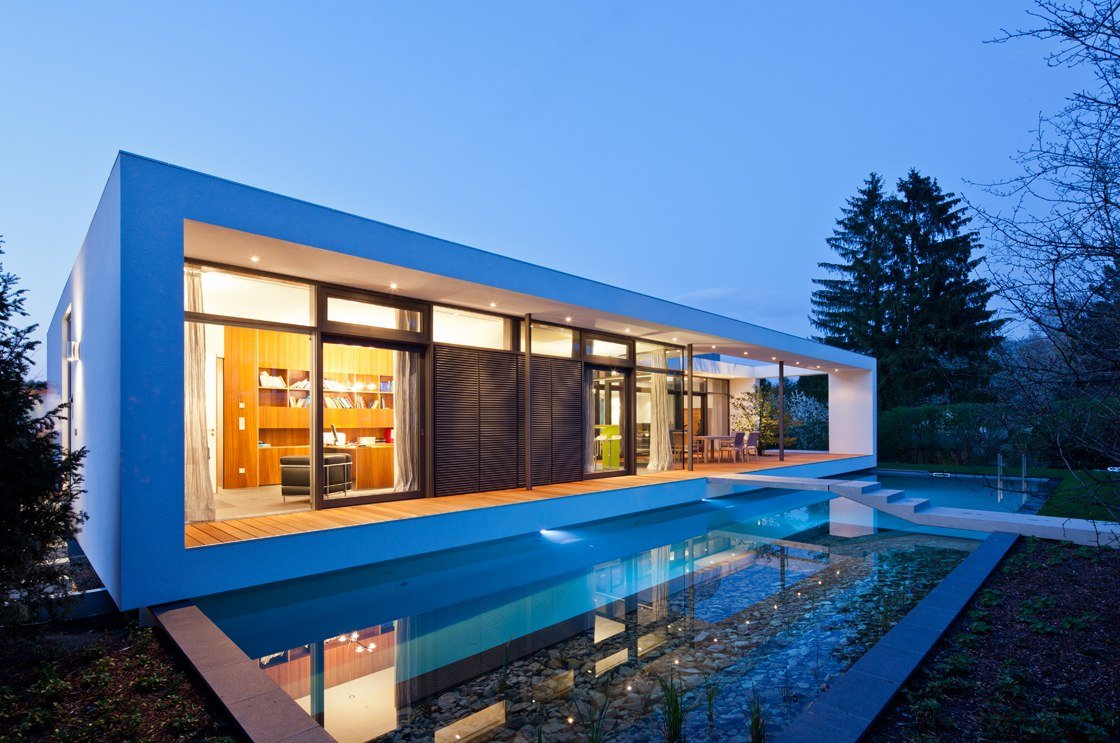 12 Most Amazing Small Contemporary House Designs on Amazing Modern Houses  id=58950