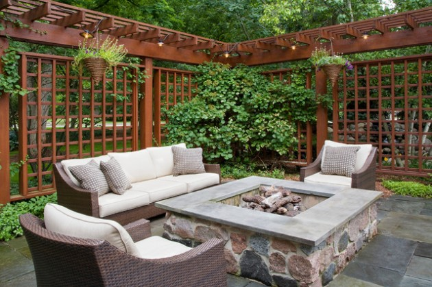 18 Effective Ideas How To Make Small Outdoor Seating Area on Back Garden Seating Area Ideas  id=85154