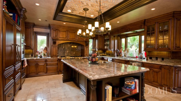 18 Luxury Traditional Kitchen Designs That Will Leave You