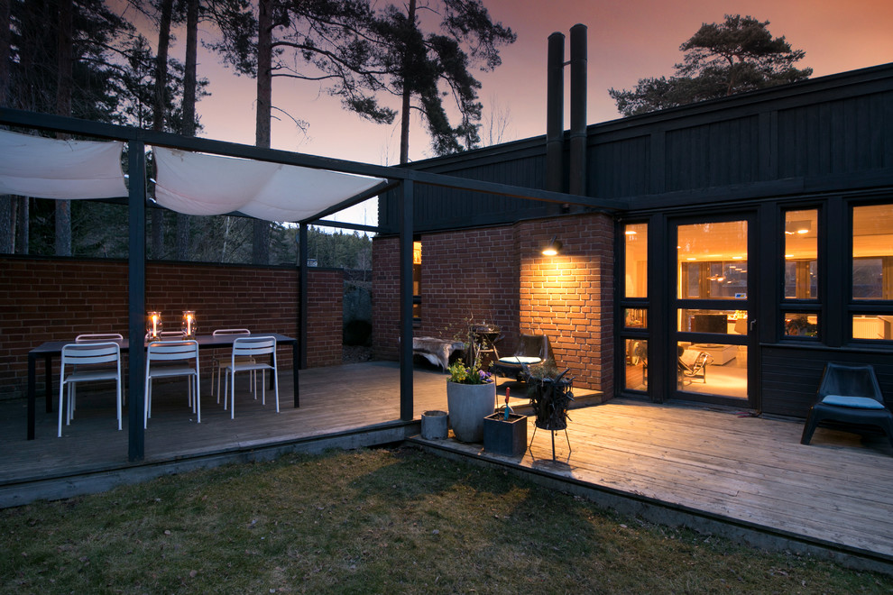15 Awesome Scandinavian Garden & Patio Designs For Your ... on Outdoor Backyard Designs id=25046