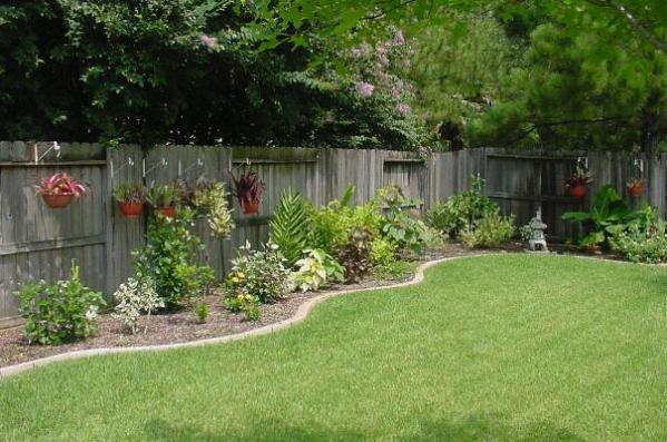 basic garden design ideas 16 Simple But Beautiful Backyard Landscaping Design Ideas
