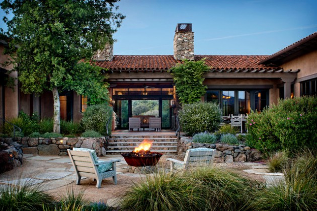 16 Cozy Southwestern Patio Designs For Outdoor Comfort on Patios Designs  id=57804
