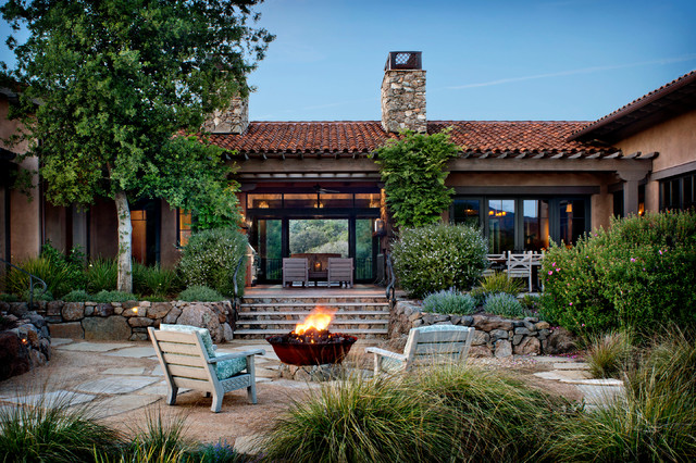 16 Cozy Southwestern Patio Designs For Outdoor Comfort on Backyard Porch Ideas id=60932