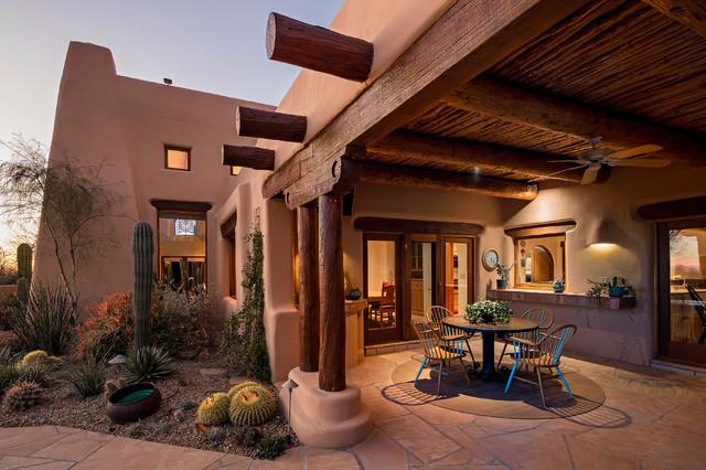 16 Cozy Southwestern Patio Designs For Outdoor Comfort on Backyard Exterior Design id=79726