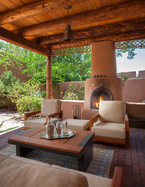 16 Cozy Southwestern Patio Designs For Outdoor Comfort on Mexican Patio Ideas  id=75397
