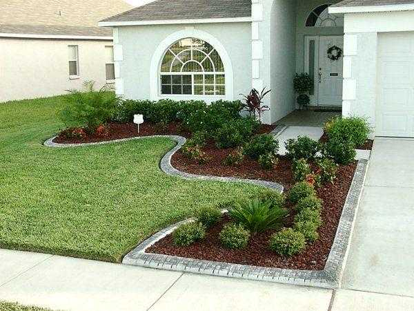 17 Divine Front Yard Designs That Everyone Will Envy on Front Side Yard Ideas id=97570