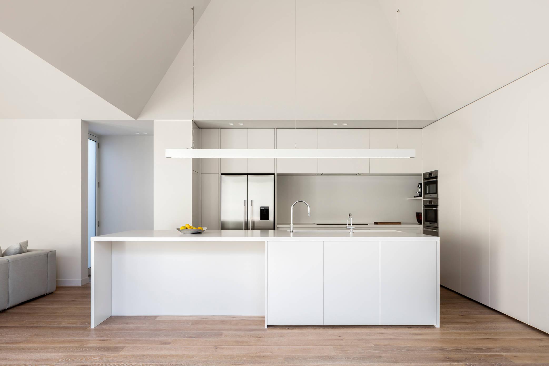 White Kitchen Pendant Lights