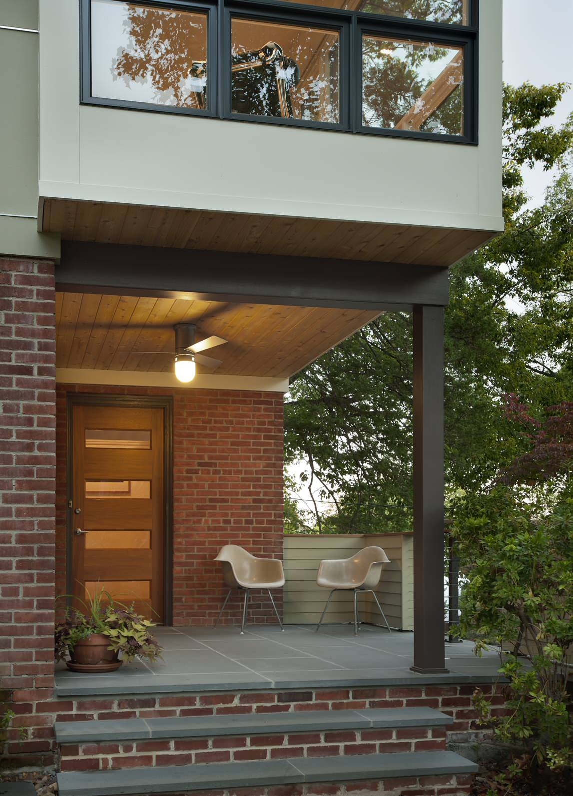 16 Enchanting Modern Entrance Designs That Boost The ... on Modern Entrance Design  id=57252