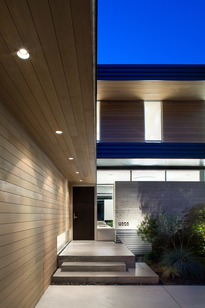 16 Enchanting Modern Entrance Designs That Boost The ... on Modern Entrance Design  id=39753