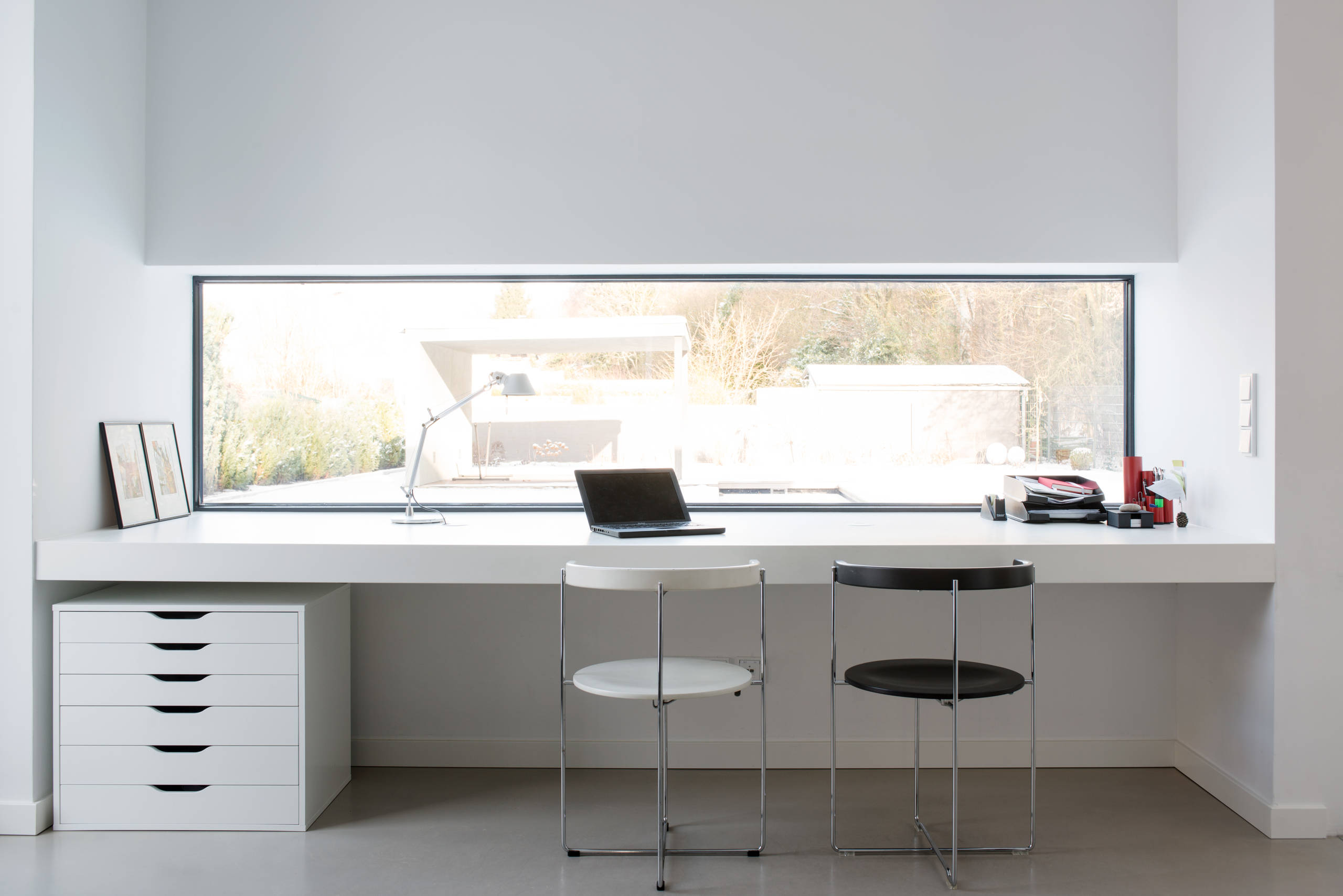 Revive your home for spring! 16 Stimulating Modern Home Office Designs That Will Boost ...