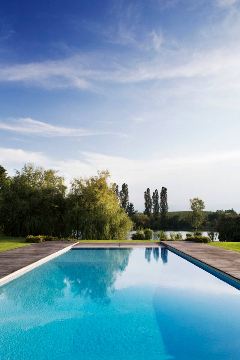 18 Dazzling Modern Swimming Pool Designs The Ultimate