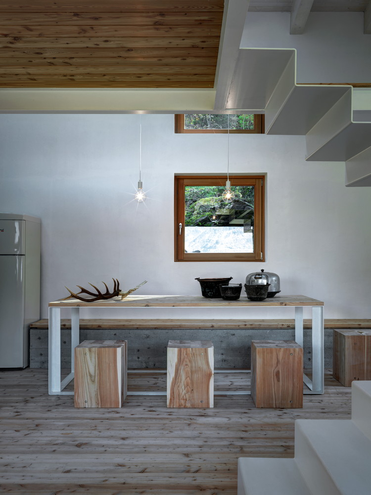 Casa Vi By EVA Lab A Compact Home In Italy