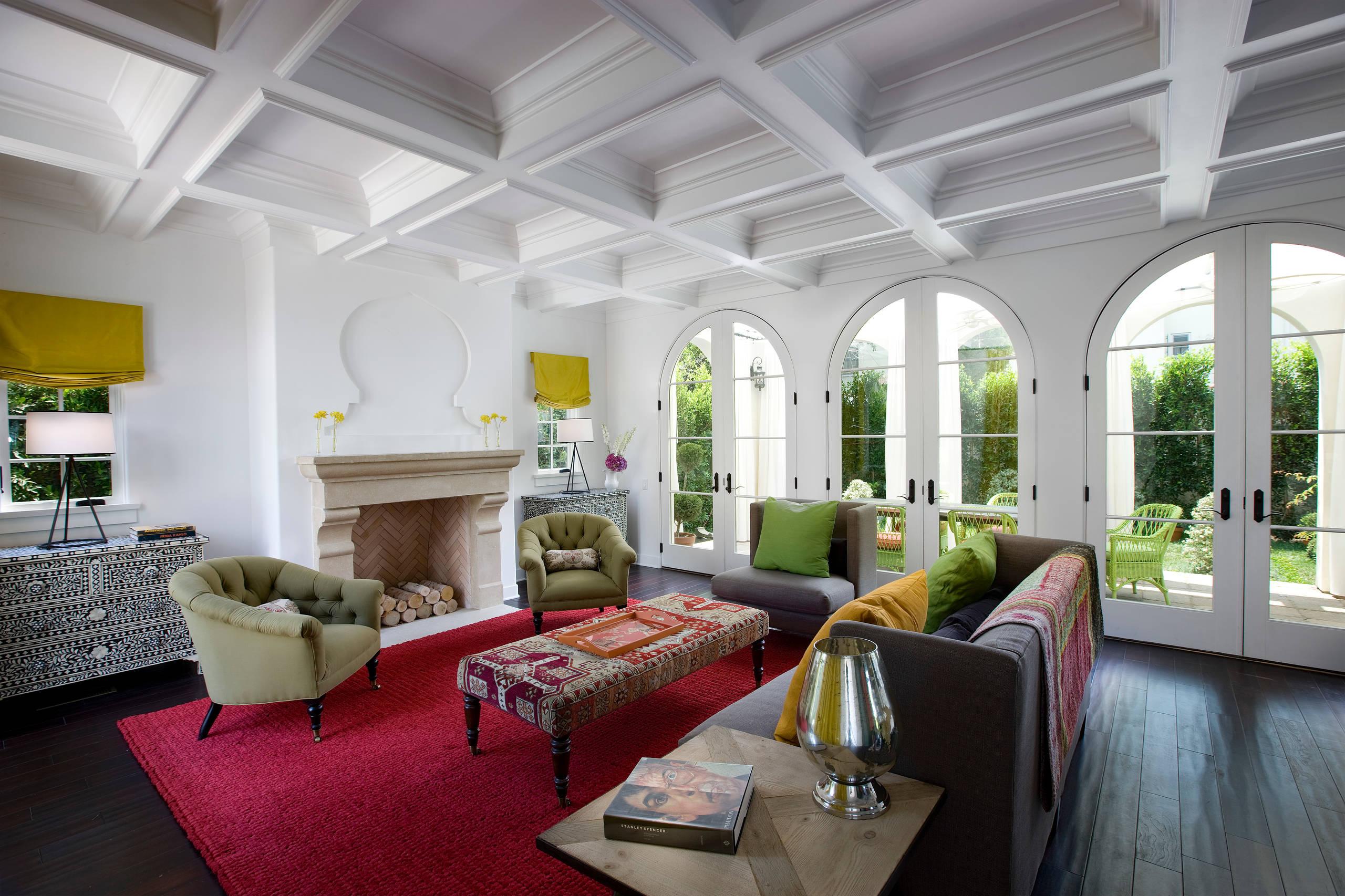 15 Beautiful Mediterranean Living Room Designs You'll Love on Photo Room Decor  id=72872