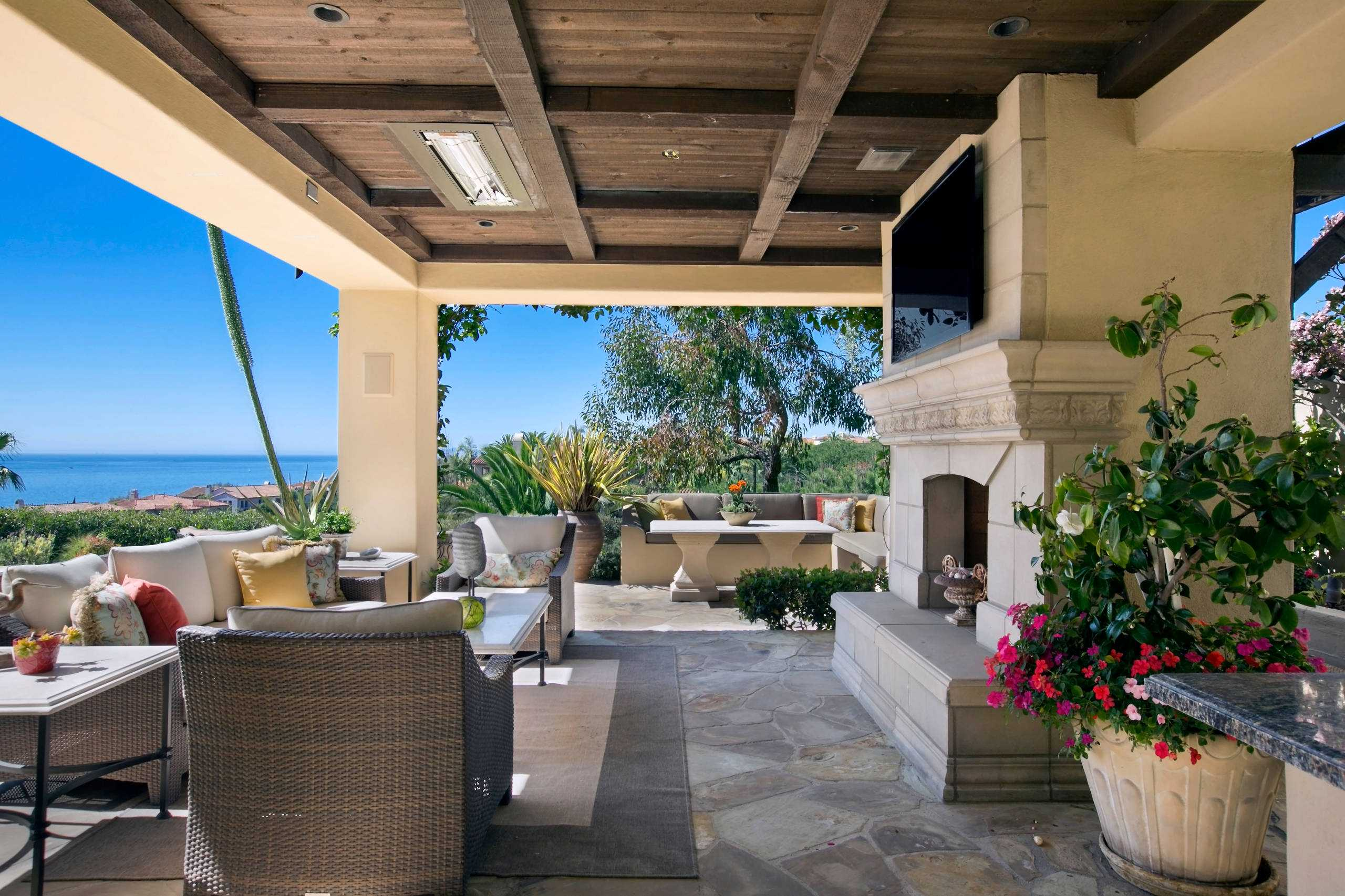 16 Beautiful Mediterranean Patio Designs That Will ... on Patios Designs  id=64211