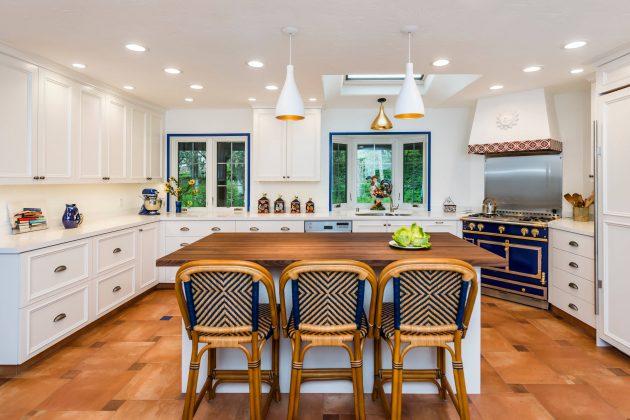 16 Charming Mediterranean Kitchen Designs That Will ... on Farmhouse:4Leikoxevec= Rustic Kitchen Ideas  id=65099