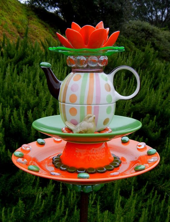 17 Irresistible Diy Teapot Garden Decorations That You
