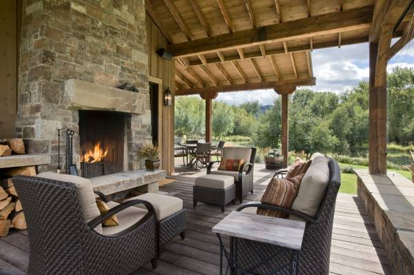 15 Amazing Rustic Deck Designs That Will Enhance Your