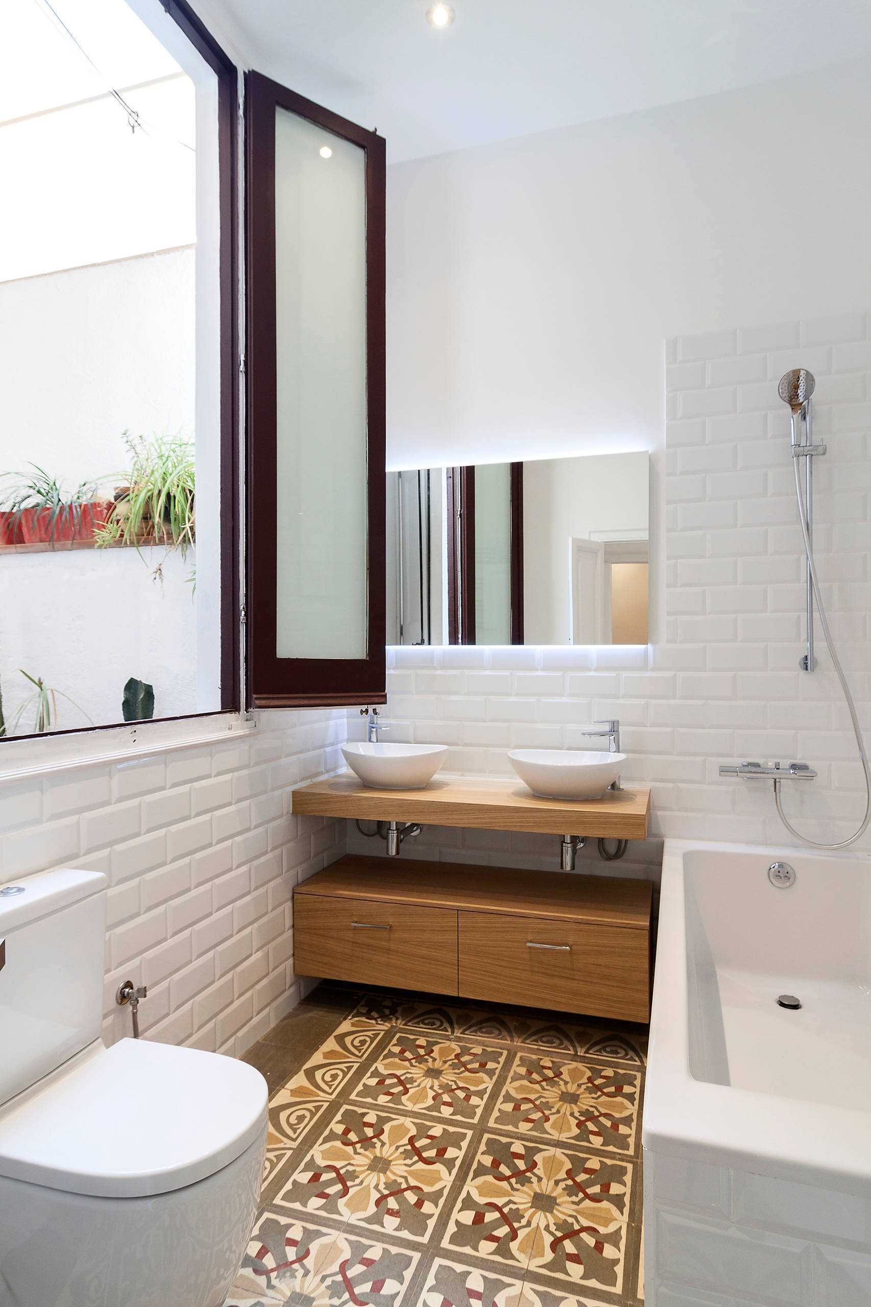 15 Stunning Scandinavian Bathroom Designs You're Going To Like on Small:e_D8Ihxdoce= Restroom Ideas  id=94290
