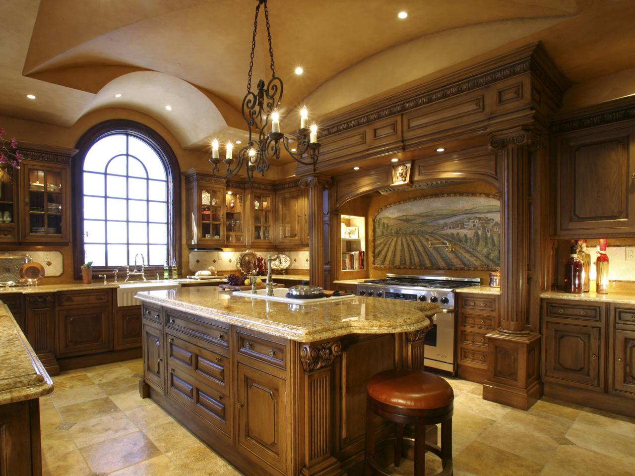 16 Magnificent Kitchen Designs In Traditional Style on Traditional Kitchen Decor  id=49625