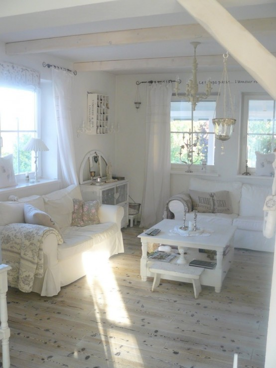 Simple No Money Tips For Easily Decorating Shabby Chic