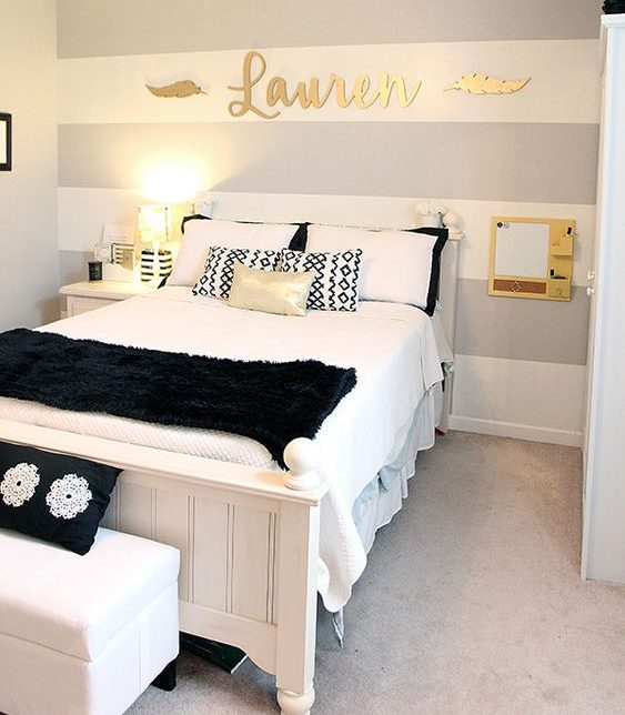 17 Remarkable Ideas For Decorating Teen Girl's Bedroom on Decoration For Girls Room  id=67196