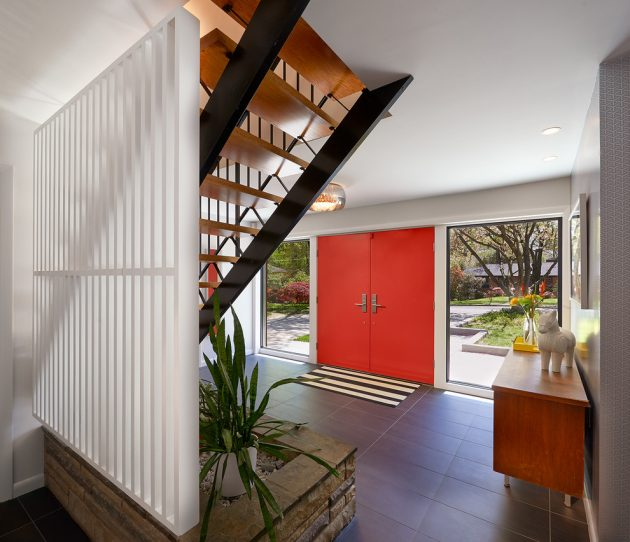 17 Captivating Mid-Century Modern Entrance Designs That ... on Modern Entrance Design  id=69790