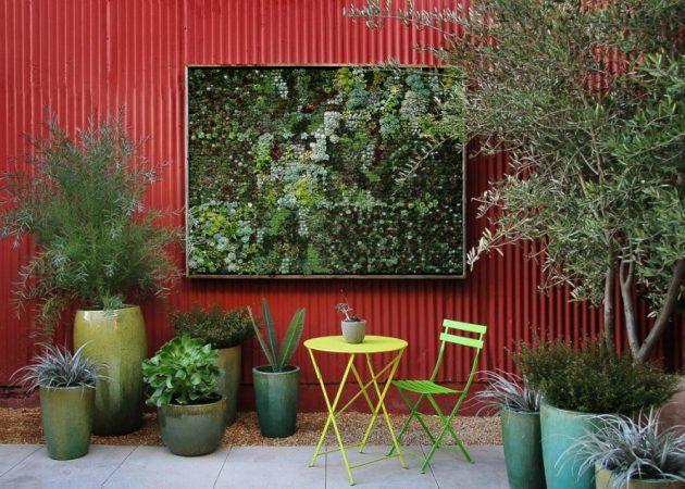 Green Wall Pots