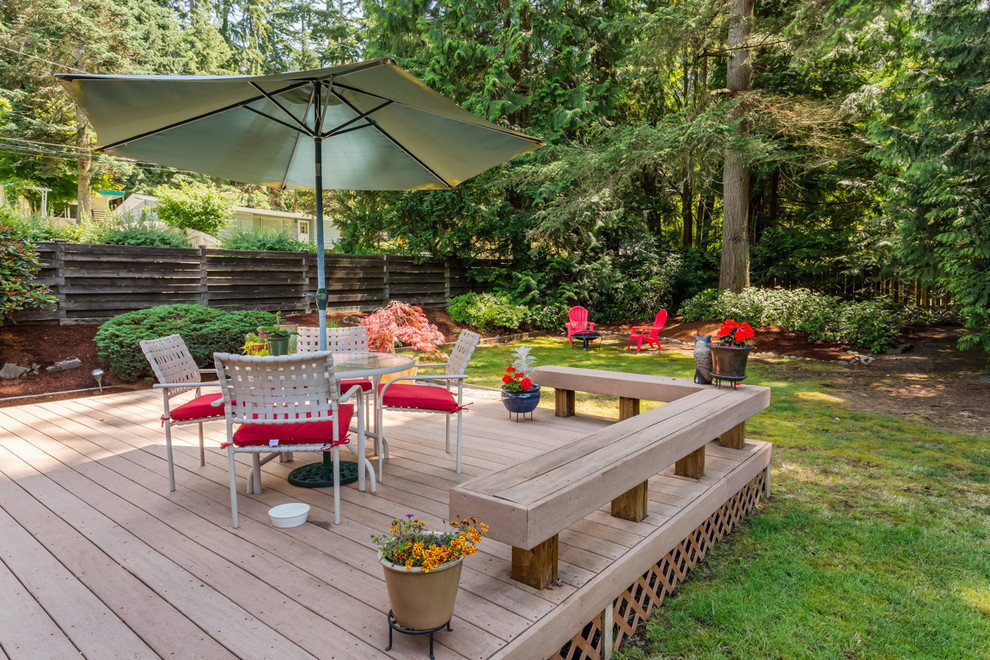 15 Enchanting Mid-Century Modern Deck Designs Your Outdoor ... on Modern Backyard Patio Ideas  id=77626