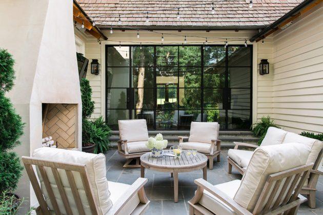 16 Stunning Transitional Patio Designs Your Backyard ... on Courtyard Patio Ideas id=90823