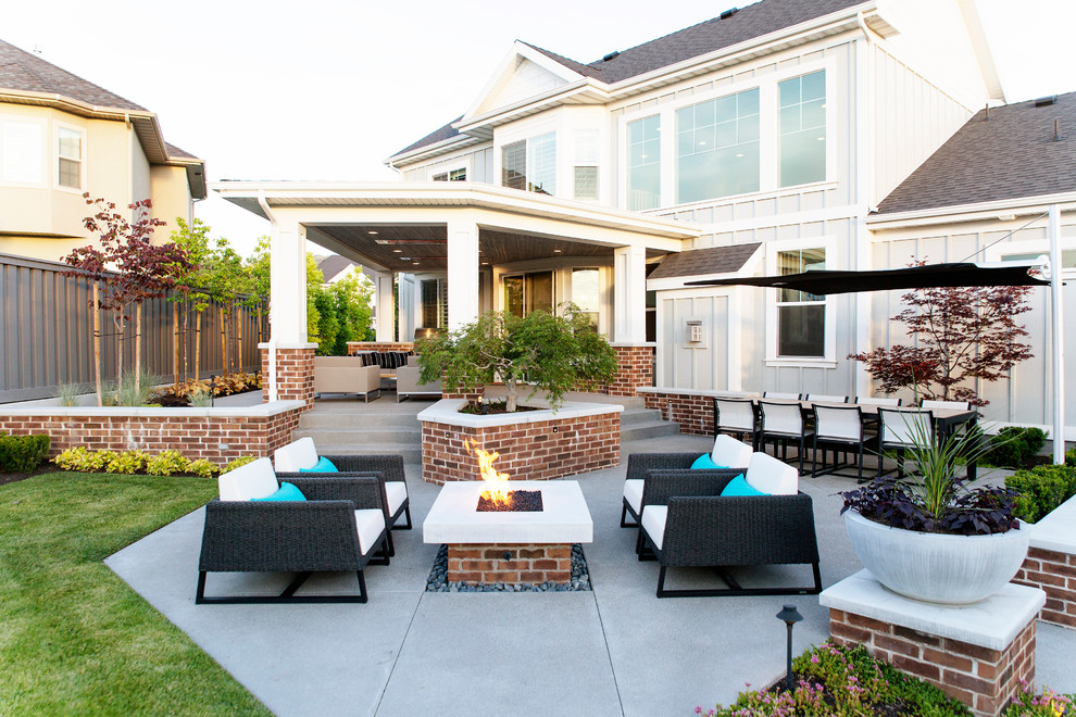 18 Spectacular Transitional Patio Designs You Know You've ... on Best Backyard Patio Designs id=16259