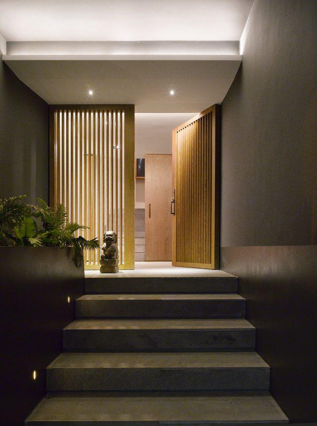 Solar Powered Exterior House Lights