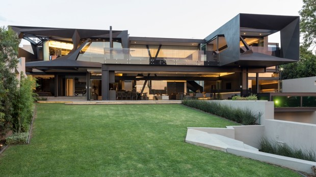 Facade of Kloof Road House