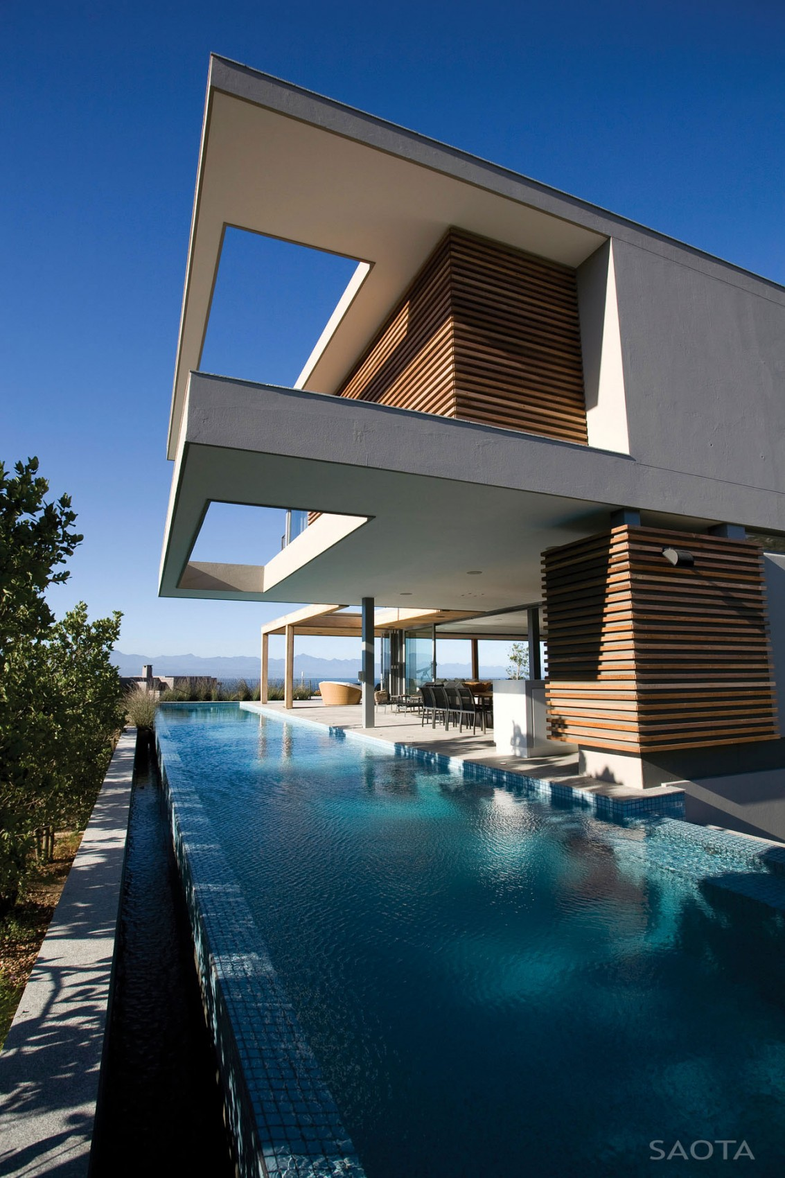 Terrace design which defines an amazing modern home ... on Modern Style Houses  id=68115