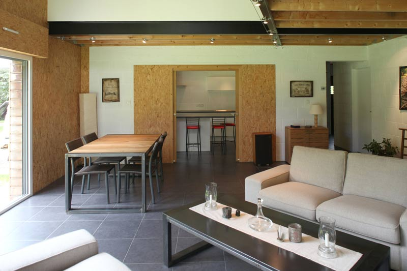 Aménagement intérieur d'une maison familial en bois en Bretagne