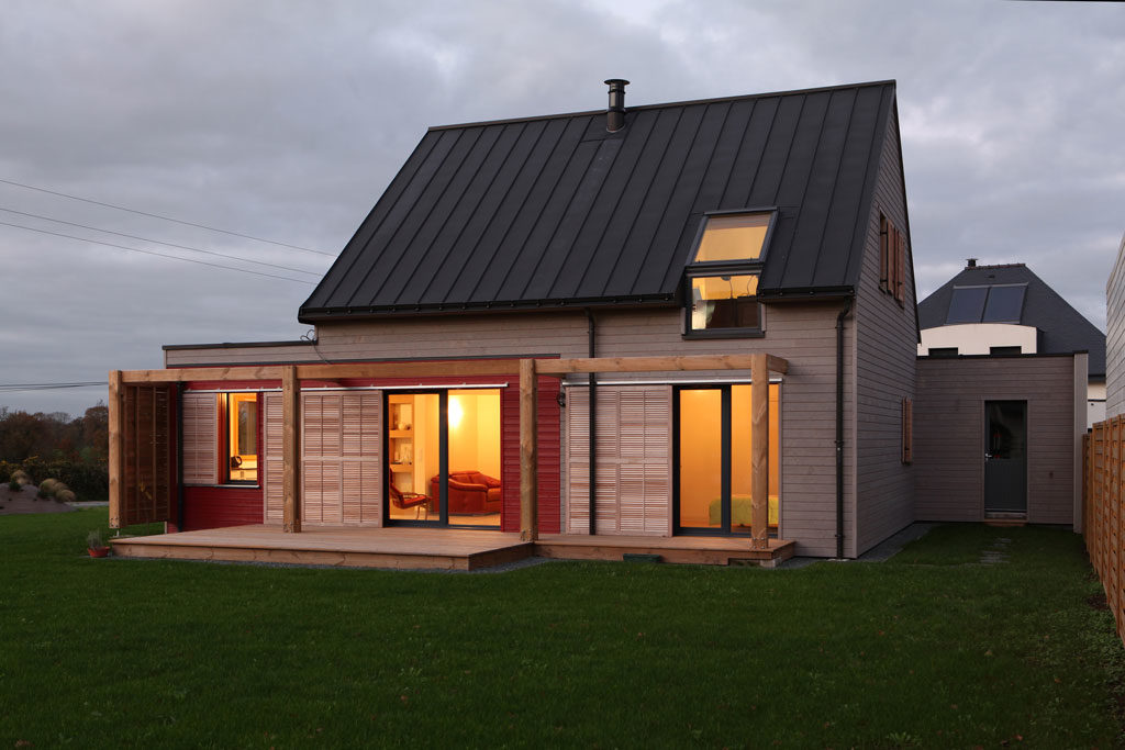 architecturebois-v2com-reportage-patrice-bideau-maison-RT2012-developpement-durable-ecologie-economie-bardage-construction-2