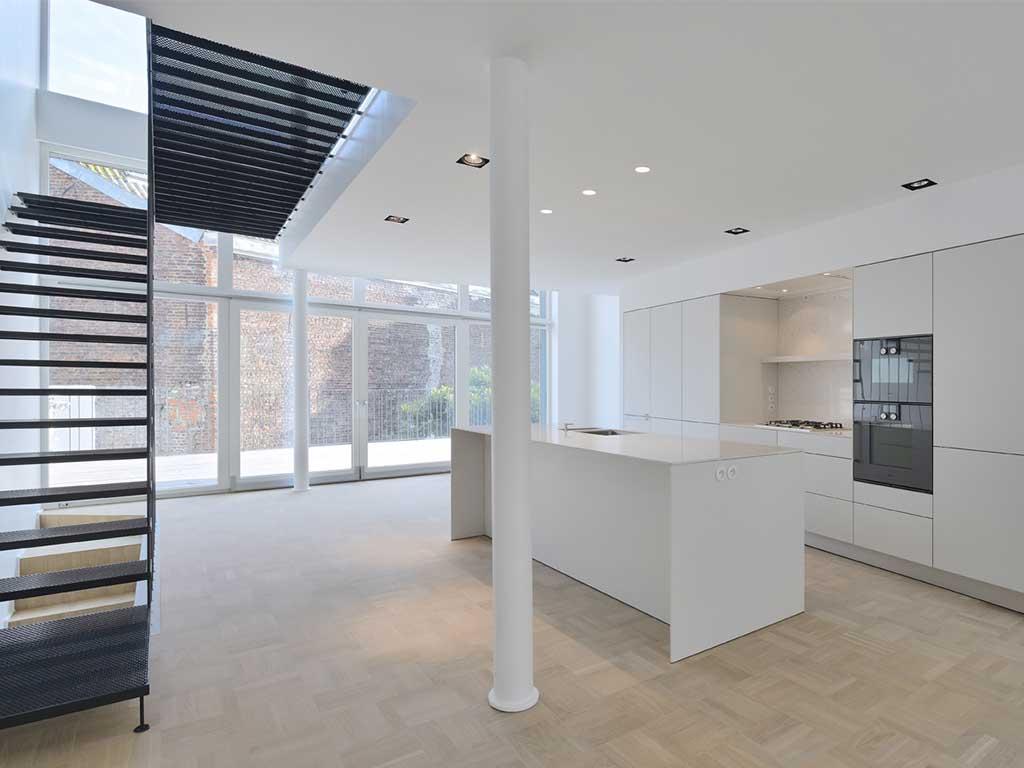 reportage-architecturebois-maison-dossier-kit-habitat-wood-house-bois-fenetre-rt2012-forma410