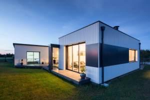 petite maison bois familial avec jardin