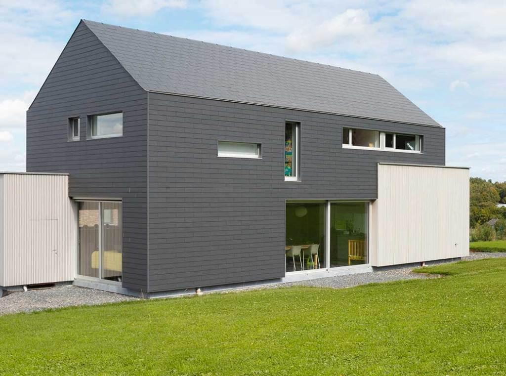 maison bois moderne avec jardin