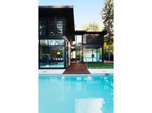 aménagement intérieur d'une maison bois moderne au Canada