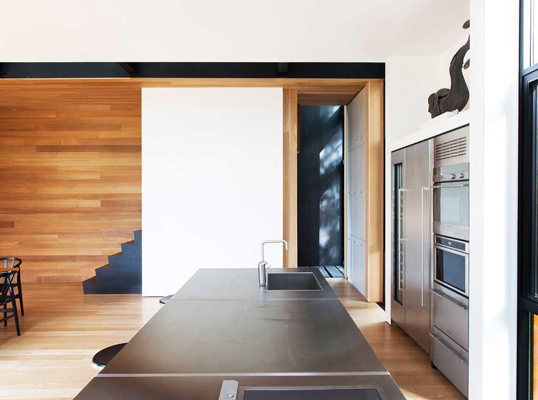 reportage-architecturebois-maison-dossier-kit-habitat-wood-house-bois-fenetre-rt2012-canada-4